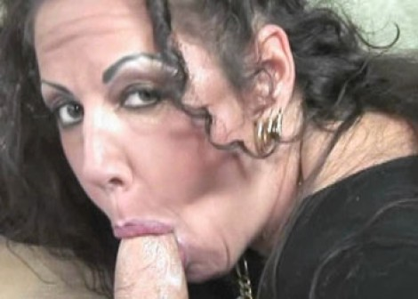 Mature slut Angelica is getting screwed