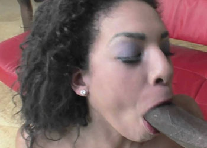 Black slut Desiree blows four dudes